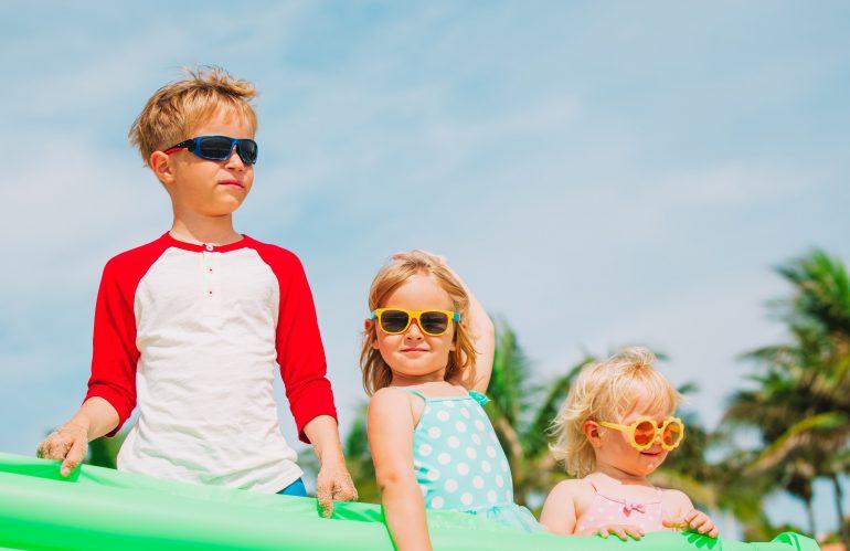¡Protejamos nuestros ojos y los de los niños del sol!